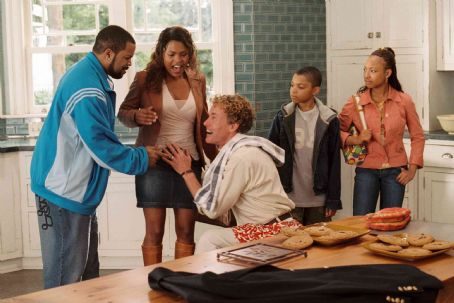John C. McGinley (left to right) Ice Cube, Nia Long, , Philip Daniel Bolden, and Aleisha Allen star in Columbia Pictures'/Revolution Studios' Are We Done Yet?. Photo Credit: Rob McEwan. © 2007 Revolution Studios Distribution Company, LLC.  All righ