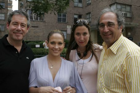 Feel the Noise (l to r) Producers Simon Fields, Jennifer Lopez and Sofia Sondervan, with Executive Producer Andrew Lack on the set of TriStar Pictures' musical drama FEEL THE NOISE. Photo by: Will Sterns.