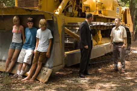 Tim Blake Nelson Brie Larson, Logan Lerman, Cody Linley, Clark Gregg and  in Hoot 2006