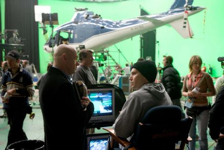 Lex Luthor Kevin Spacey and director Bryan Singer on the set of Warner Bros. Superman Returns - 2006