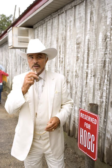 Jefferson Davis 'Boss' Hogg BURT REYNOLDS as Boss Hogg in Warner Bros. Pictures' and Village Roadshow Pictures' action comedy 'The Dukes of Hazzard,' starring Johnny Knoxville, Seann William Scott and Jessica Simpson and distributed by Warner Bros. Pictures.