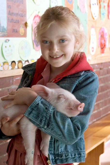 Fern Dakota Fanning as  in Paramount Pictures' drama Charlotte's Web (2006)