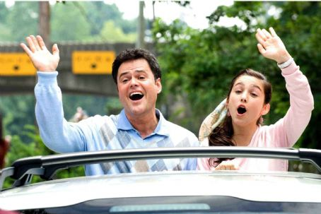 Donny Osmond (L to R) DONNY OSMOND, MOLLY EPHRAIM in  COLLEGE ROAD TRIP © Disney Enterprises, Inc. All rights reserved. Photo Credit: John Clifford.