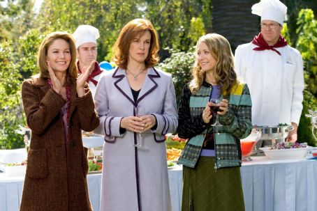 "Elizabeth Perkins (L-r) DIANE LANE, ELIZABETH PERKINS, and ALI HILLIS in Warner Bros. Pictures' romantic comedy ""Must Love Dogs,"" also starring John Cusack."