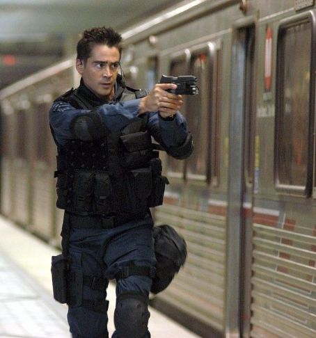 S.W.A.T. Colin Farrell plays  team member Jim Street.