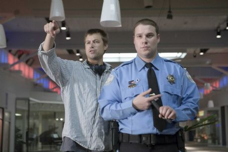Jody Hill Director JODY HILL and SETH ROGEN on the set of Warner Bros. Pictures' and Legendary Pictures' dark comedy 'Observe and Report,' a Warner Bros. Pictures release. Photo by Peter Sorel