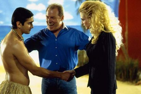 Ramu (Jimi Mistry) Dwain (Michael McKean) and Sharona (Heather Graham) in Universal's The Guru - 2003