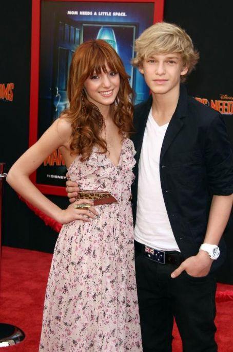 Cody Simpson Bella Thorne and