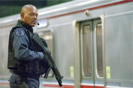 S.W.A.T. Samuel L. Jackson plays  team commander Dan 'Hondo' Harrelson.