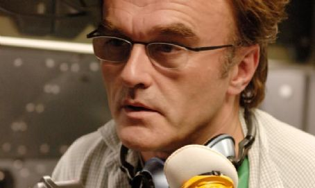 Danny Boyle Director  behind the camera.