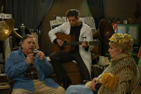 Pat Hingle Dr. Charlie Keegan (Robert Capelli Jr.) play guitar for Mo Kegley () and Anna Rhoades  (Betsy Palmer)