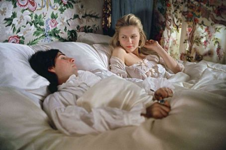 Jason Schwartzman (l) and Kirsten Dunst star in Columbia Pictures' biographical drama Marie Antoinette. Photo Credit : Leigh Johnson.
