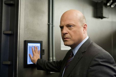 Michael Chiklis  star as Defense Secretary Callister in mystery thriller 'Eagle Eye.' Photo Credit: Ralph Nelson SMPSP. TM & ©2008 DreamWorks LLC and Paramount Pictures.  All Rights Reserved.