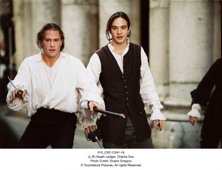 Charlie Cox (L-R) Heath Ledger, . Photo Credit: Doane Gregory. © 2005 Touchstone Pictures. All rights reserved.