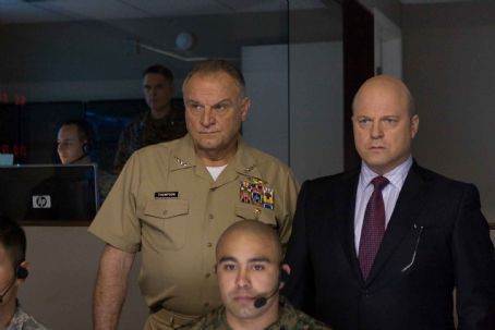 Michael Chiklis Bill Smitrovich as Admiral Thompson with  as Defense Secretary Callister in DreamWorks LLC and Paramount Pictures' Eagle Eye. Photo Credit: Ralph Nelson SMPSP. TM & ©2008 DreamWorks LLC and Paramount Pictures.  All Rights Reserved.