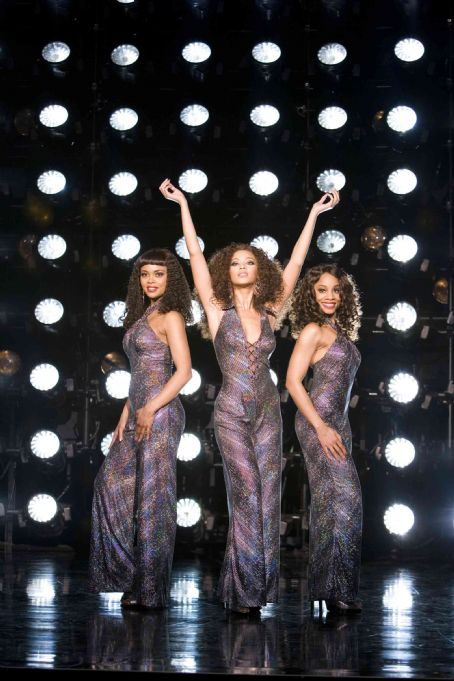 Anika Noni Rose Sharon Leal as Michelle Morris, Beyoncé Knowles as Deena Jones and  as Lorrell Robinson in DreamWorks Pictures' Dreamgirls - 2006