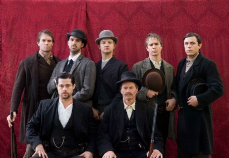 Garret Dillahunt (L-r) GARRET DILLAHUNT as Ed Miller, BRAD PITT as Jesse James, PAUL SCHNEIDER as Dick Liddil, JEREMY RENNER as Wood Hite, SAM SHEPARD as Frank James, SAM ROCKWELL as Charley Ford and CASEY AFFLECK as Robert Ford in Warner Bros. Pictures' and Virtual
