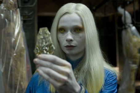 Anna Walton  star as Princess Nuala in Hellboy 2: The Golden Army.
