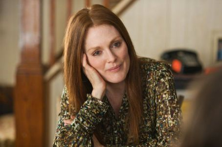 Julianne Moore - Being Flynn