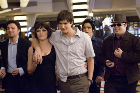 Josh Gad In Columbia Pictures' 21, three members of the M.I.T. blackjack team - Jill Taylor (Kate Bosworth, center left), Ben Campbell (Jim Sturgess, center), and Choi (Aaron Yoo, center right) - strut through a casino flanked by two of Ben's friends: