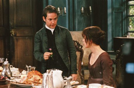 Tom Hollander (left) and Keira Knightley (right) star in Joe Wright's PRIDE & PREJUDICE, a Focus Features release. Photo: Alex Bailey.