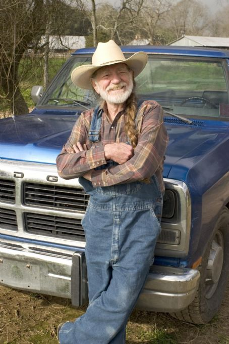 Uncle Jesse Duke WILLIE NELSON as Uncle Jesse in Warner Bros. Pictures' and Village Roadshow Pictures' action comedy 'The Dukes of Hazzard,' starring Johnny Knoxville, Seann William Scott and Jessica Simpson and distributed by Warner Bros. Pictures.