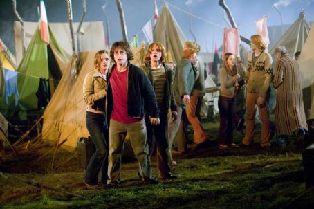 Hermione Granger (L - r)Emma Watson as , Daniel Radcliffe as Harry Potter and Rupert Grint as Ron Weasley in Warner Bros. Pictures' fantasy 'Harry Potter and the Goblet of Fire' - 2005