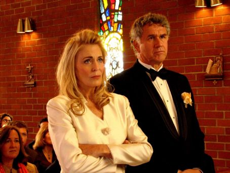 Joanna Cassidy Left:  star as Evelyn in Regent Releasing 'Kiss the Bride.'
