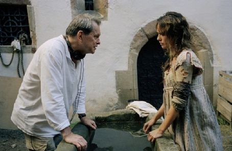 Terry Gilliam Director  discusses the next shot with Lena Headey, Photo: Francois Duhamel