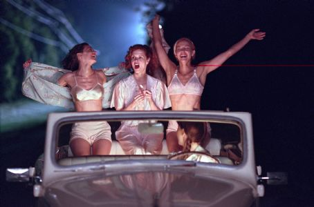 Katy Selverstone, Kiersten Warren and Ashley Judd in Divine Secrets of the Ya Ya Sisterhood - 2002