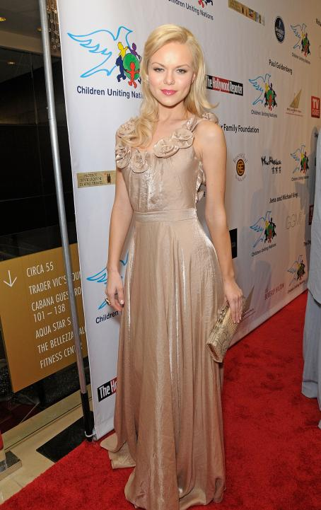 Anya Monzikova - 11 Annual Children Uniting Nations Oscar Celebration, 7 March 2010