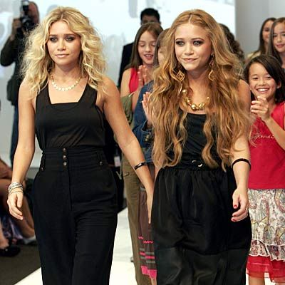 Mary-Kate Twins Mary Kate & Ashley Olsen
