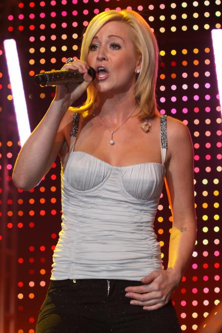 Kellie Pickler - CRS 40 Annual New Faces Show, 06.03.2009.