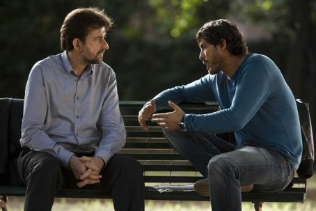 Quiet Chaos - Nanni Moretti as Pietro Paladini and Alessandro Gassman as Carlo in QUIET CHAOS, directed by Antonello Grimaldi. Photo Credit: Chico De Luigi. An IFC Films release