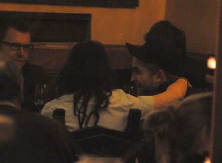 L'Amore Rob And Kristen in Paris